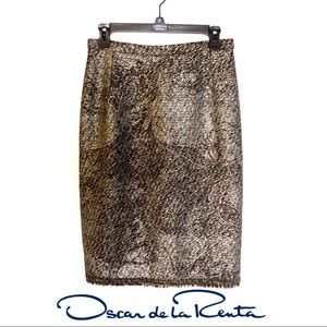 Oscar de la Renta  Wool Pencil Skirt, Size 6